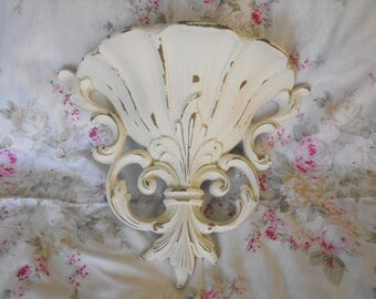 Shabby Chic,Wall Pocket, Old White Chalk painted and distressed - paste wax - syrocco Wall Decor