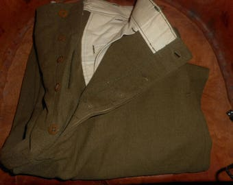 World War 1 Army green Army pants. button fly, good condition size 33x35