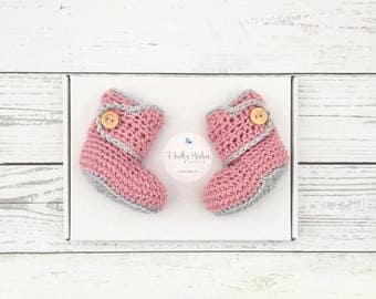 crochet baby booties, baby girl shoes, pink crochet booties, pink and grey baby, newborn boots, baby shower gift