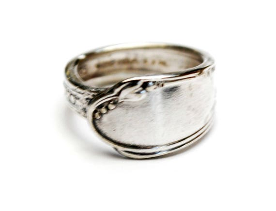 Spoon Ring - Silver plated WM Rodgers Onieda - size 6 cuff ring