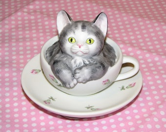 Cat in Teacup Music Box
