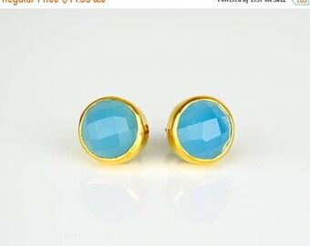 ON SALE Deep Blue Chalcedony Stud Earrings, round stud earring, cobalt blue gemstone, post earrings, bridesmaid studs - bezel set earrings