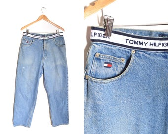 90s Tommy Hilfiger Jeans Spell Out Waistband 34x31 Medium Wash Distressed