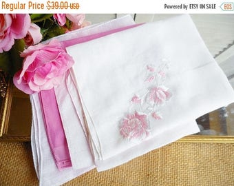 Sale Shabby Cottage Tea Party Hankies Set Of 4 Mismatched Lot/Wedding Hankerchiefs/Bridsmaid Hankies/Mother of the Bride/Shabby Chic Decor