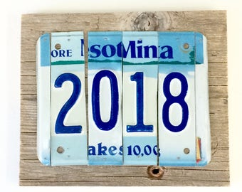 2018 Sign - New Year Sign - Important Date Sign - License Plate Sign - Blue and White Sign - Minnesota Sign - Rustic Reclaimed Wood Sign