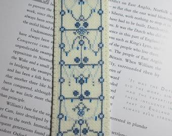 Bookmark  Design in Blues