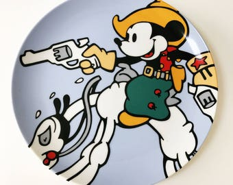 REDUCED Vintage 1990s Brenda White Mickey Mouse Disney Classics Collectible Plate