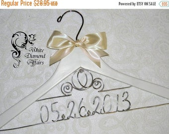 SUMMER SALE Cinderella Fairytale Coach Wedding Dress Hanger, Disney Themed Princess Carriage Personalized Bridal Hanger, Bridal Gift - Wire