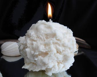 Candle snowball scent of pine and Cedar @decomatine essential oil