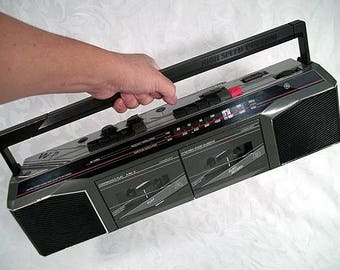 80s GE General Electric Boom Box Double Cassette 3-5630GYB Ghettoblaster