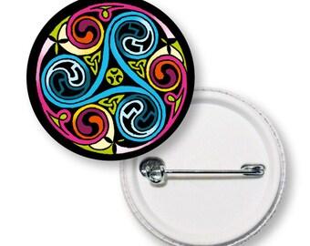 Button color (triskele) Celtic pattern