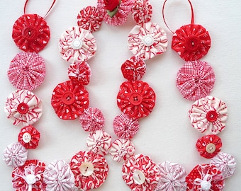 3 foot Valentine's Day garland, yo-yo, free shipping