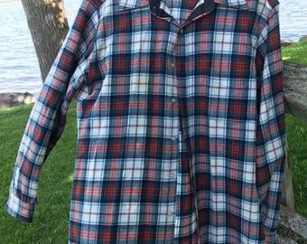 Vintage Pendleton Mens Cream, Hunter Green and Blue Plaid 100% Wool Button Down Shirt, Large