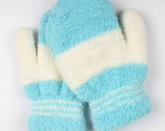 Baby mittens size 12/36months blue and white sheep wool