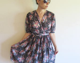 Vintage Floral Faux Wrap Church Day Dress