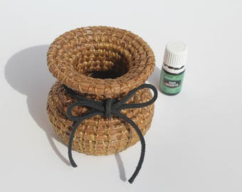 Small Coulter Pine Needle Basket
