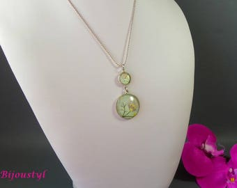 """Necklace Cabochon """"Light green Pansy"""" 25 mm and 12 mm - in shades of green"""