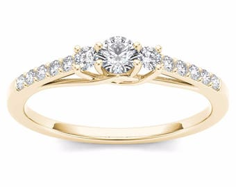 10Kt Yellow Gold 0.30 Ct Diamond Three Stone Engagement Ring