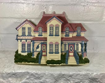 Burwood Products plastic house wall hanging vintage home decor