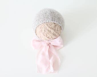 Newborn girl hat - Photo prop hat - Sitter props - Baby girl hat - Photo props - Girl hat - Photography prop - Newborn props - Light brown