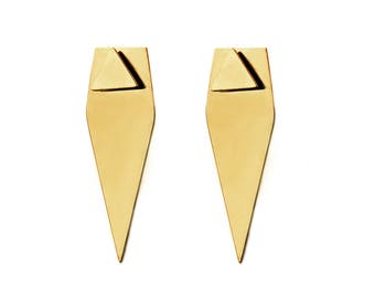 Forget Triangle Earrings in gold - gold triangle symmetrical ear jacket earrings - shiny ear jacket earrings