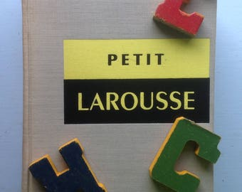 Petit Larousse, 1962 French Dictionary, 48 Color Pages, 5130 B/W Pics, Yellow Black Cover, Stylish Typography, Decor Display Crafting,