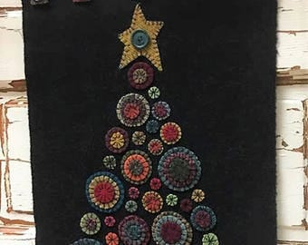 Primitive Wool Penny Rug E Pattern Crow Decorating Christmas