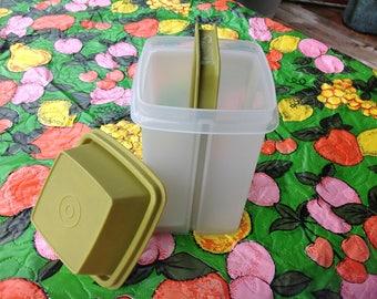 Vintage Tupperware Pickel Keeper Pick a Deli Green Tupperware