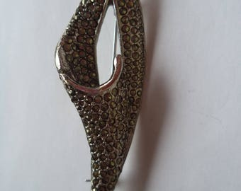 Vintage Unsigned Large Marcasite Swirl  Brooch/Pin