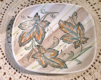Glyn Colledge Denby leaf pattern pin tray dish small square