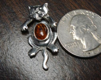 Cute Cat Amber Sterling Silver Moveable Pendant