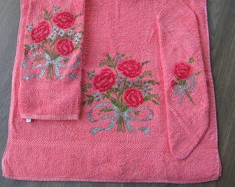 Vintage Towel Set 3 pc Coral with Rose Pattern Made in USA by Canon 100% Cotton Bath Towel Hand Towel Washcloth Face Cloth