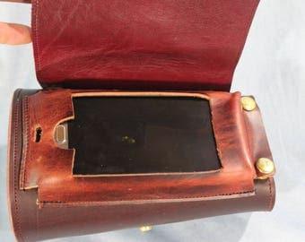 Mason's 'Furture-ific' phone gauntlet!