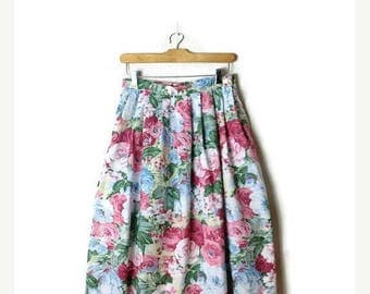ON SALE Vintage  Floral  printed  Flare Cotton skirt from 1980's/W26-29*