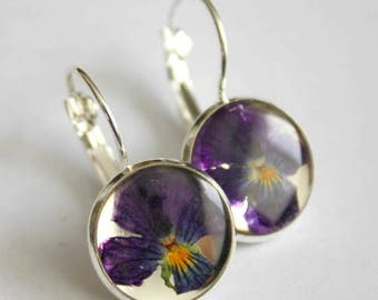 Sale 20% Rabais Pansy earrings, botanical earrings, silver earrings, flower earrings, resin and flower earrings, made in Canada