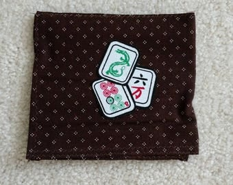 SMALL BROWN CARD