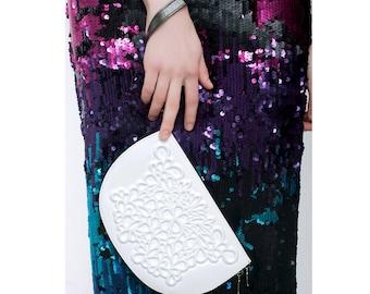 Bridal wedding clutch wristlet / clutch wallet handbag / all white wallet clutch / credit card holder / original flower print design