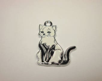 charm cat colored metal (14)