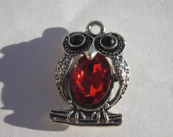 charm pendant 27 mm silver and Red owl (6131).