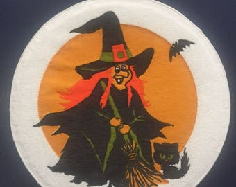 8 HALLMARK PAPER COASTERS Vintage Halloween Witch holding broom Cn-111