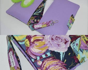 Diaper clutch / Purple floral