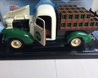 vintage french solido die cast scale model of a perrier delivery van