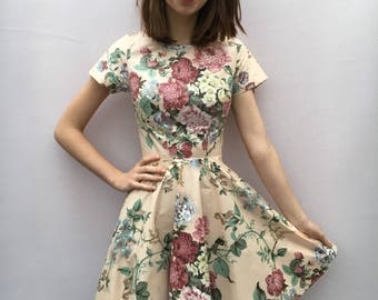 Antique floral Circle Dress UK Size 6-8 with short sleeve handsewn full skirt handmade by The Emperor's Old Clothes