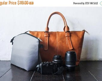 SUMMER SALES Dslr Camera Bag with Insert - genuine Leather shoulder bag - tote bag - Leather with canvas lining - Tanned