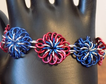 4th of July Chrysanthemum Chainmaille Bracelet