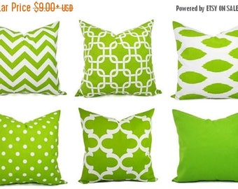 15% OFF SALE Decorative Pillow Cover - Green and White Pillows - Green Pillow Cover - Green Chevron Pillow - Green Throw Pillow - Cushion Co