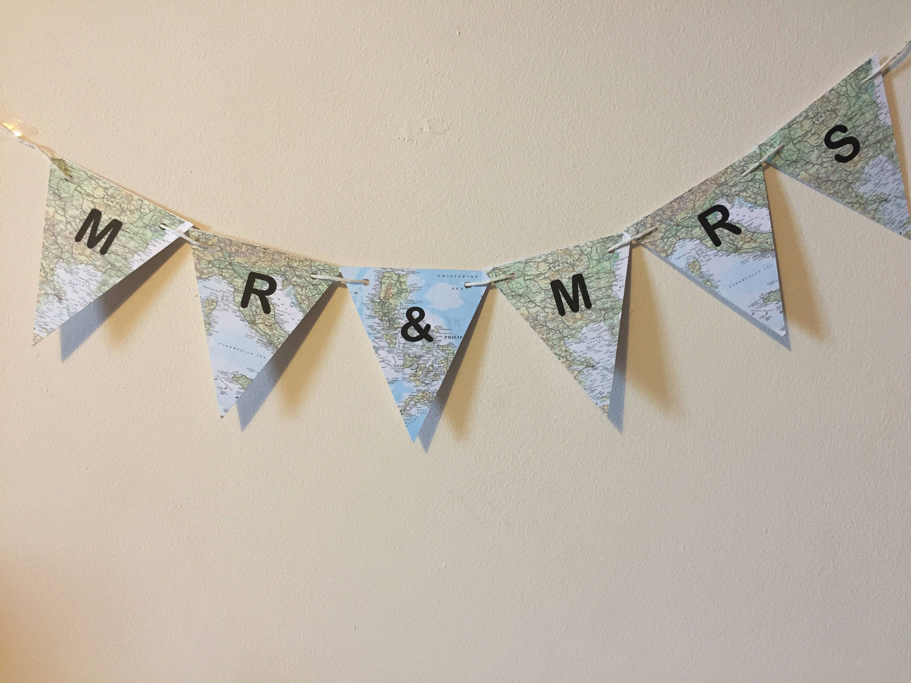 Mr & Mrs Bunting Mini Flags ideal for table plan boards at travel ...