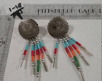 10% OFF 3 day sale Vintage used silvertone dangle pierced  dreamcatcher earrings