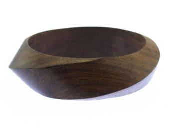 Vintage Chunky Wood Bangle Bracelet,  Wooden Bangle Bracelet, Natural Wood Bracelet, Carved Wood Bangle, Wide Wood Bangle Bracelet