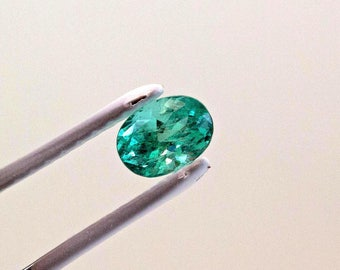 8 X 6mm 1.3 Carat Oval Cut Natural Colombian Emerald Loose Gemstone
